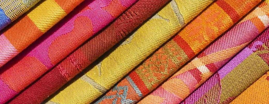 Разнообразие от платове и дамаски, естествена и еко кожа